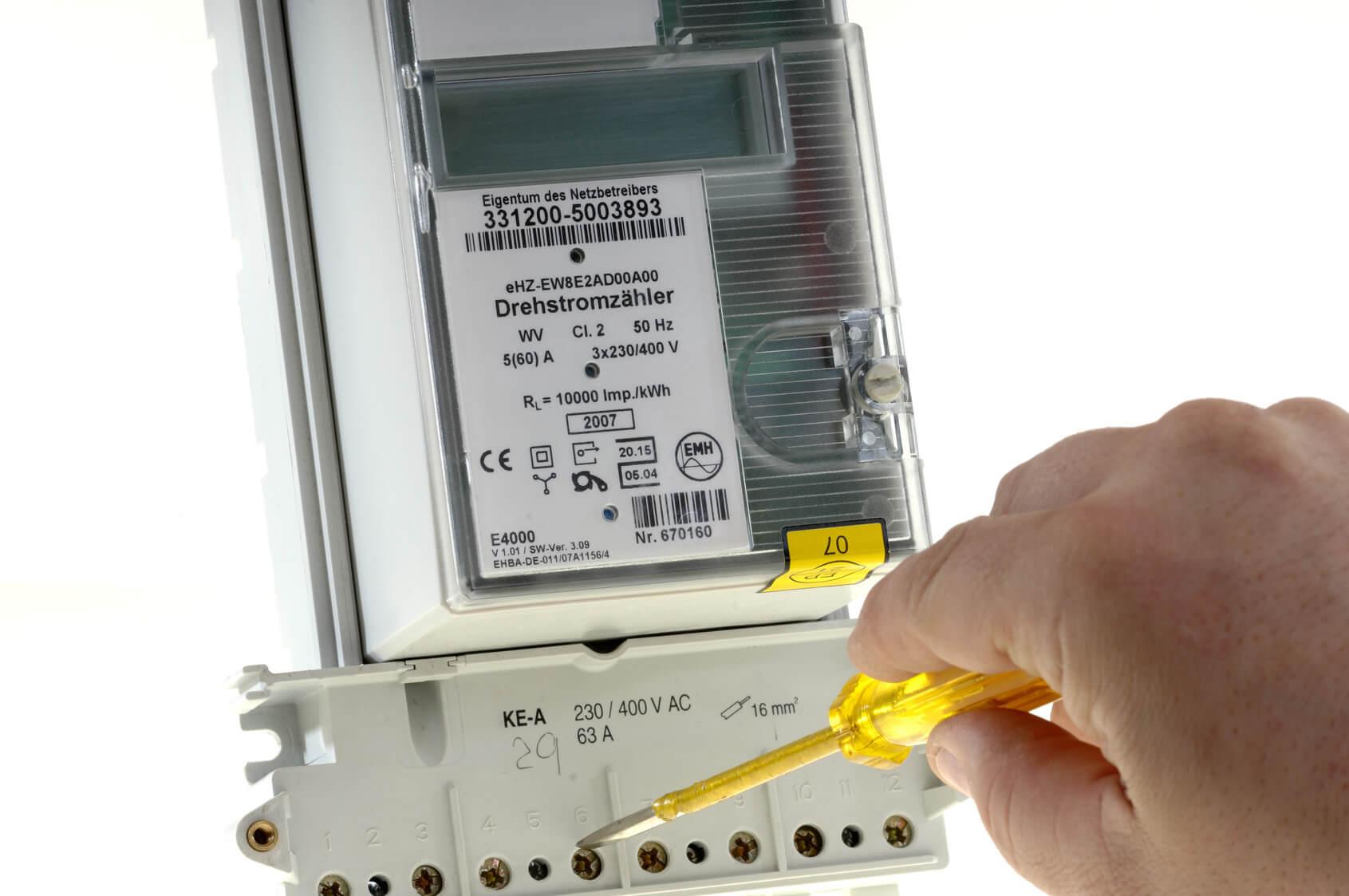Beliebt Digitale Stromzähler: Für wen ist der Einbau Pflicht und was YF54
